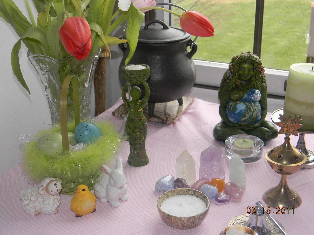 altars for manifesting the intuitive realtor
